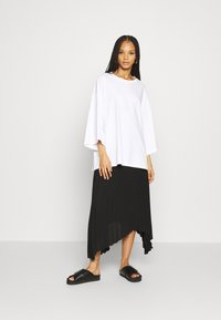 Monki - BILLIE TEE - Long sleeved top - white - 1