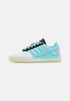 FORUM TECH BOOST UNISEX - Sneakers - white