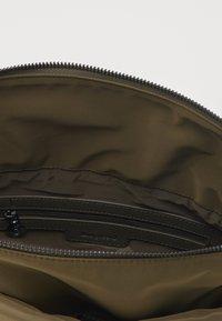 Desigual - BOLS COLORAMA NORWICH - Handbag - green - 2
