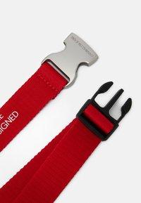Calvin Klein Jeans - EST. 78 BELT - Ceinture - red - 1