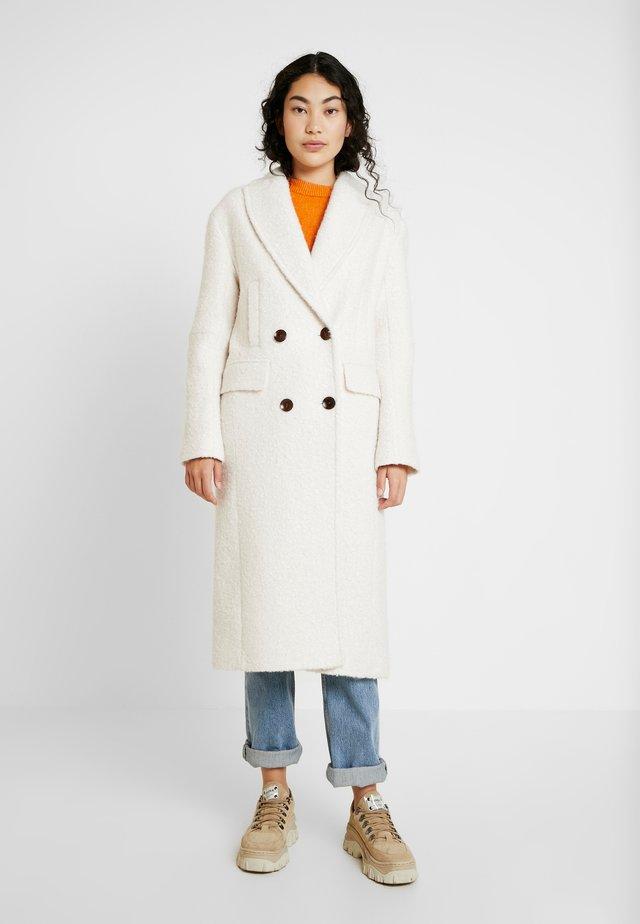 KIM BOUCLE - Zimní kabát - ivory