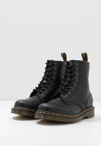 Dr. Martens - 1460 - Botines con cordones - black - 2