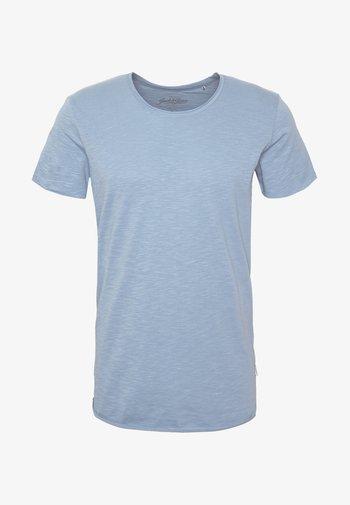 JJEBAS TEE - Basic T-shirt - blue heaven