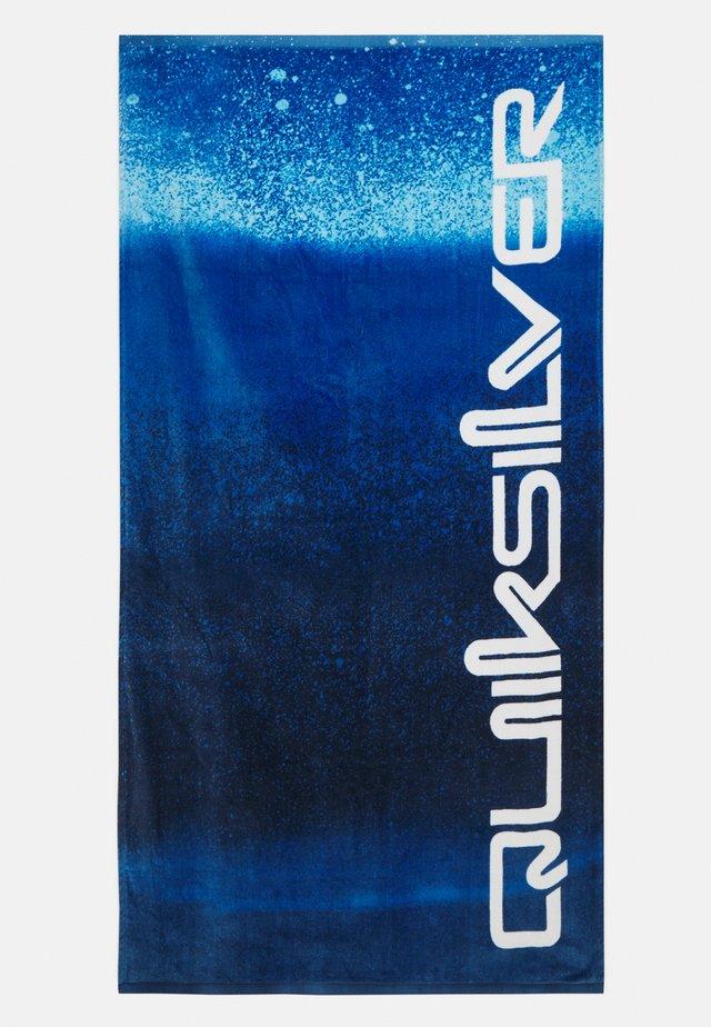 FRESHNESS TOWEL - Towel - nautical blue