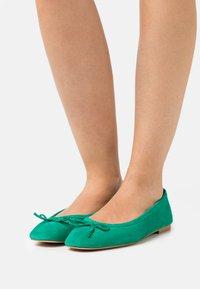 San Marina - LYZA - Ballet pumps - vert - 0