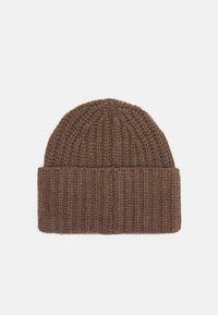 Filippa K - CORINNE HAT - Čepice - dark taupe - 2