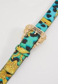 Versace Jeans Couture - BAROQUE PRINT REGULAR BELT - Cintura - frog - 5