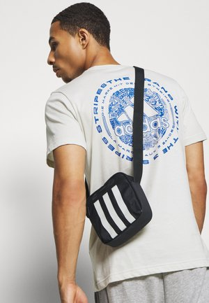 ORGANIZER 3 STRIPES SPORTS ORGANIZER BAG UNISEX - Skuldertasker - black/white