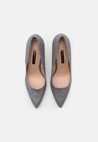 Dorothy Perkins - DELE SHIMMER COURT - High heels - pewter - 5