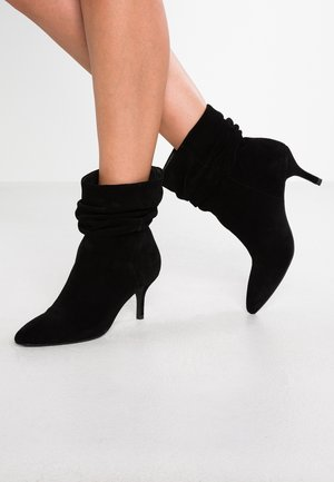 AGNETE SLOUCHY - Classic ankle boots - black