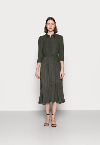 VMNOVA 3/4 SHIRT DRESS  - Shirt dress - peat