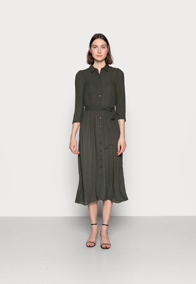 VMNOVA 3/4 SHIRT DRESS  - Blousejurk - peat