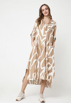 GILBERTA - Shirt dress - beige/ white