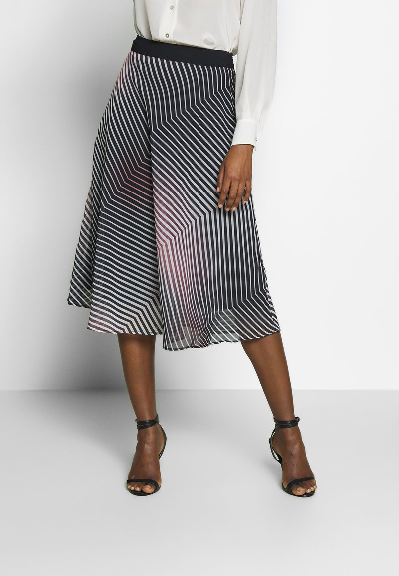 Betty & Co - A-line skirt - rosé/black
