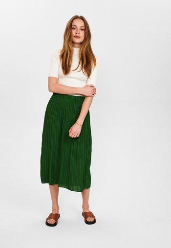 ABBYGAIL SKIRT - Pleated skirt - greener pastures