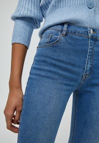 PULL&BEAR - FLARE - Bootcut jeans - dark blue - 4