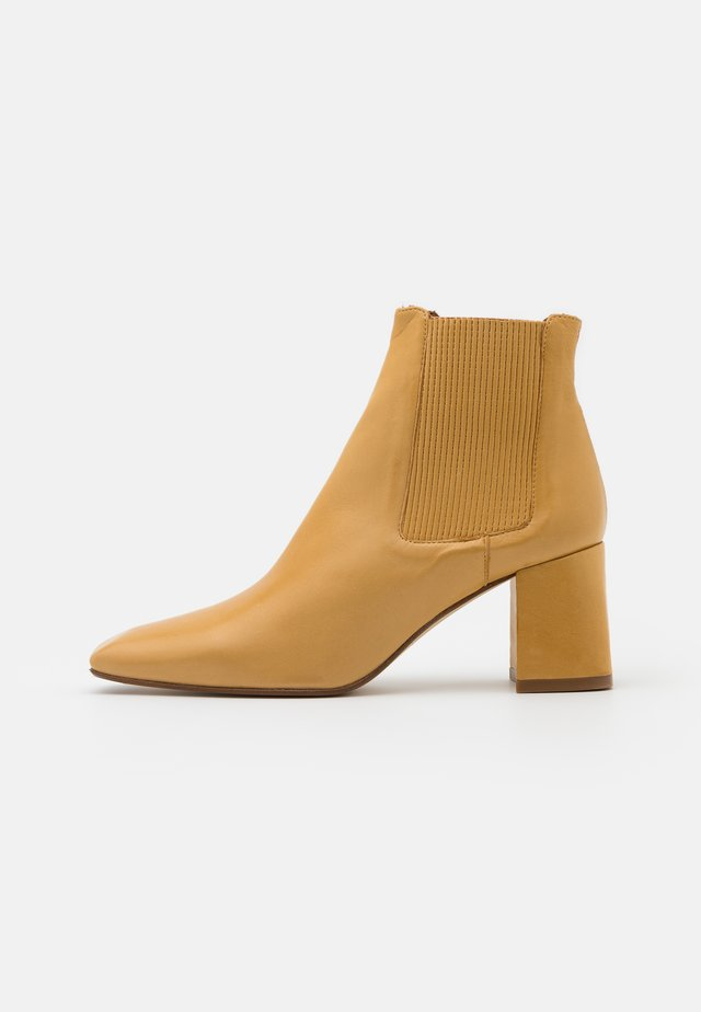 BETA  - Ankle boots - beige