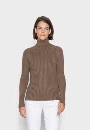 LONGSLEEVE TURTLE NECK STRUCTURE - Jumper - nutshell brown