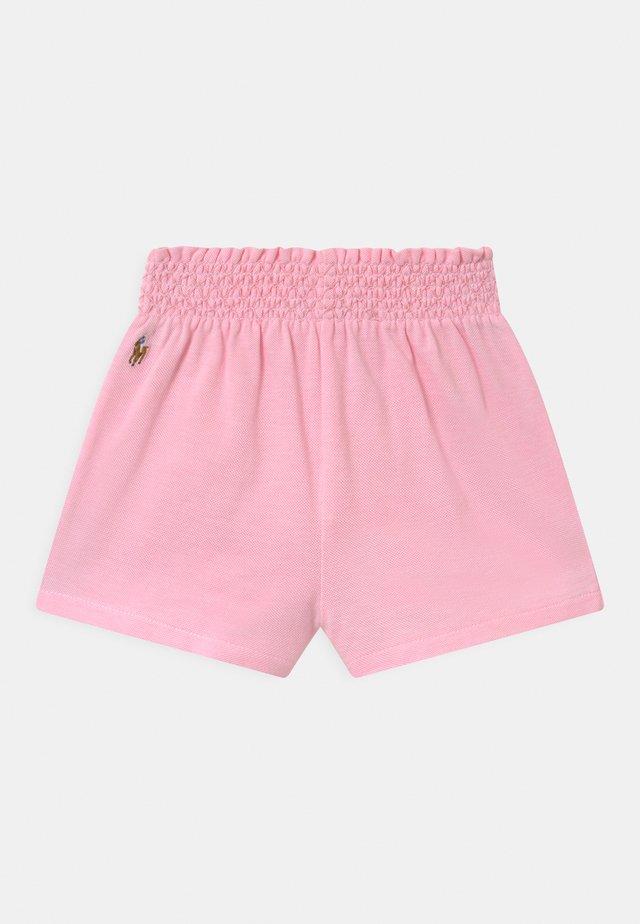 Kraťasy - carmel pink