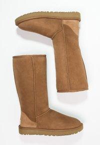 UGG - CLASSIC II - Boots - chestnut - 2