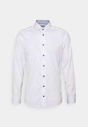 SLIM - Camicia elegante - white