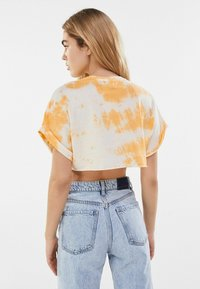Bershka - Print T-shirt - orange - 2