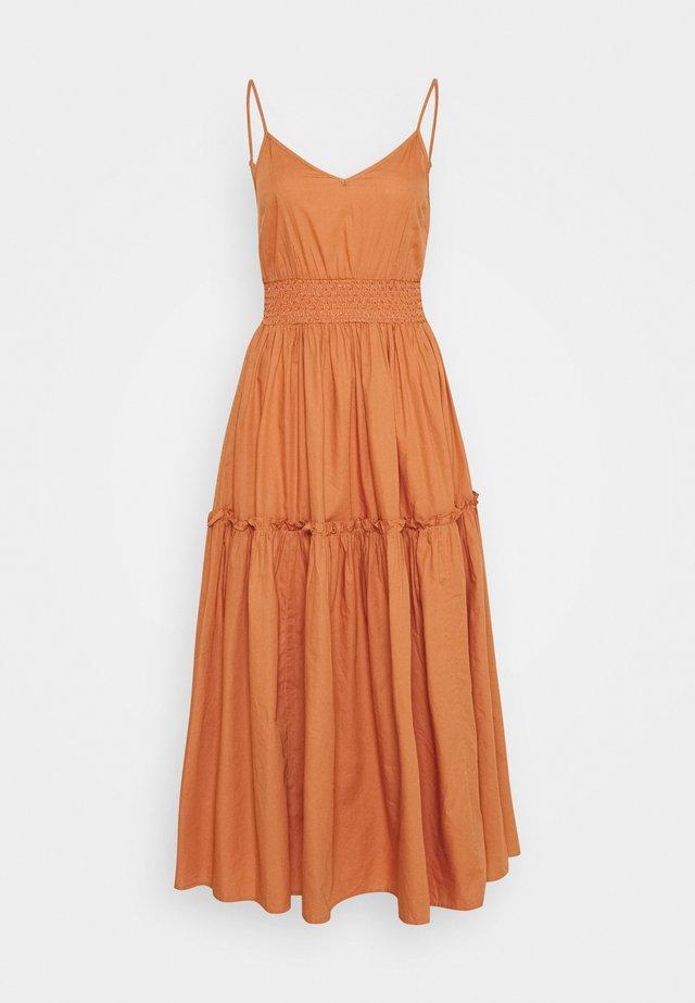 SLFCARLOTTA MIDI STRAP DRESS - Długa sukienka - caramel