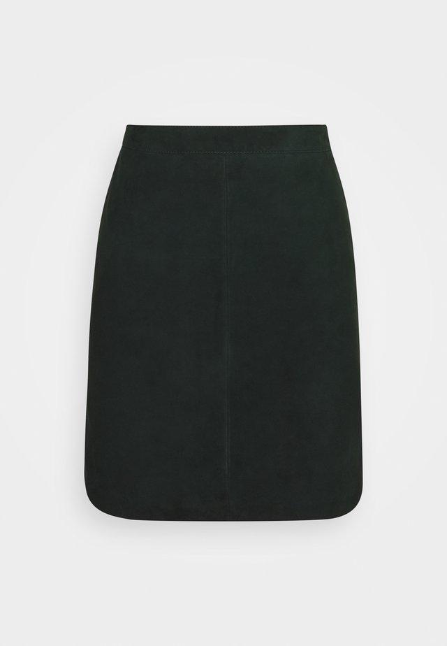 OBJCHLOE SKIRT - Pouzdrová sukně - scarab