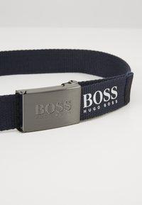 BOSS Kidswear - BELT - Pásek - navy - 2