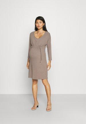 TUNIC NURS HAYS - Stickad klänning - taupe melange