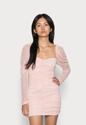 RUCHED MINI DRESS - Sukienka koktajlowa - blush