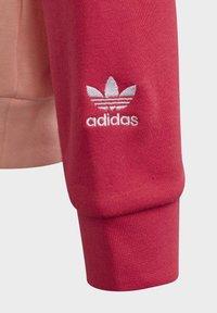adidas Originals - Large Trefoil - Hoodie - Pink - 5