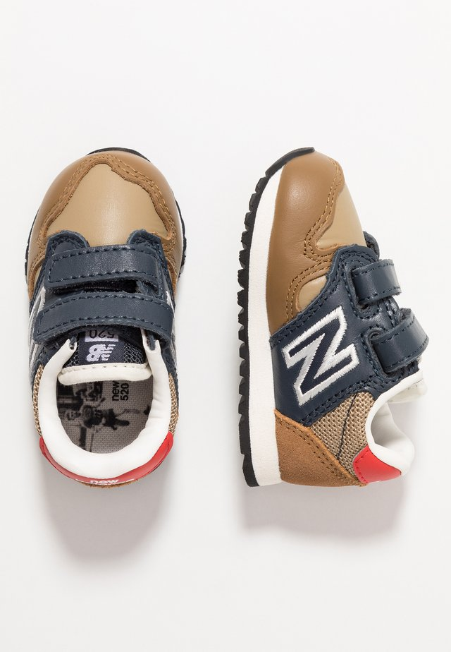 IV520JB - Sneakers basse - brown/blue