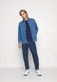 G-Star - PREMIUM CORE R T S\S - T-Shirt basic - imperial blue - 1