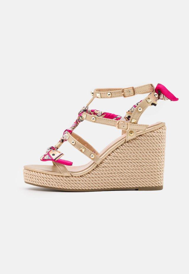 SERENA  - Platform sandals - platinum