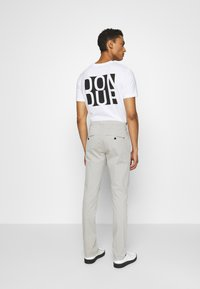 Dondup - PANTALONE GAUBERT - Chino - grey - 2