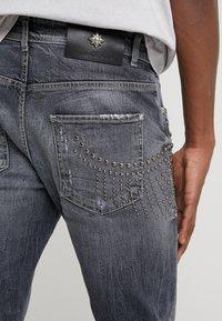 John Richmond - CLAUDIUS - Slim fit jeans - grey denim - 5