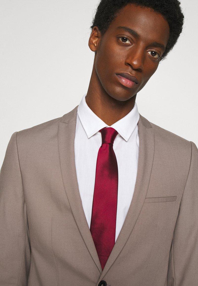 Calvin Klein - SOLID - Tie - red