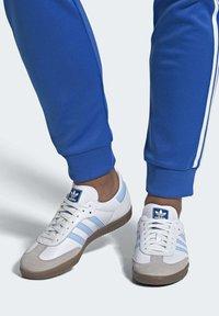 adidas Originals - SAMBA OG SHOES - Sneakers - white - 0