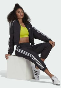 adidas Originals - Pantaloni sportivi - black - 4
