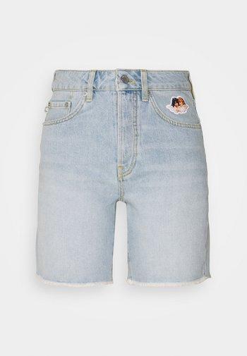 ICON ANGELS SHORTS LIGHT VINTAGE - Denim shorts - light vintage