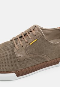 camel active - BAYLAND - Trainers - taupe - 5