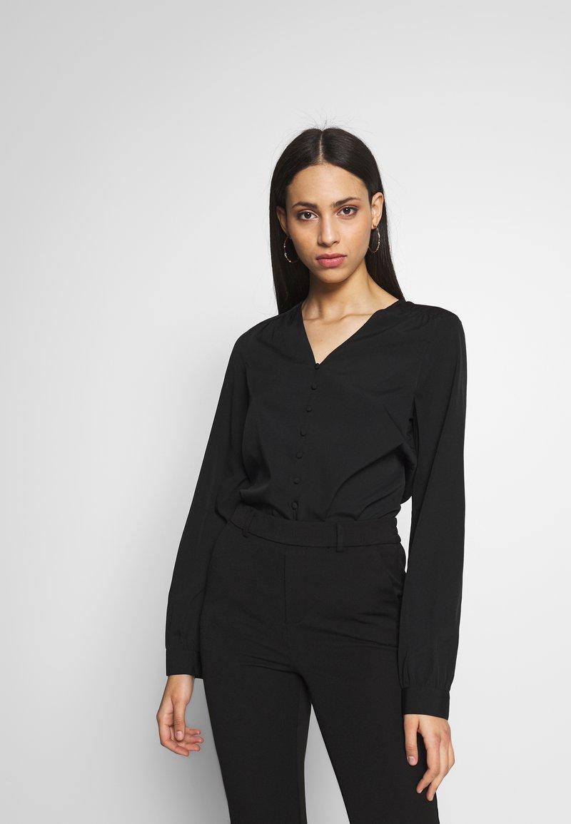 Vero Moda Tall - VMNADIA BUTTON  - Blusa - black