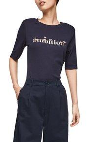 s.Oliver - Print T-shirt - navy ambition print - 5