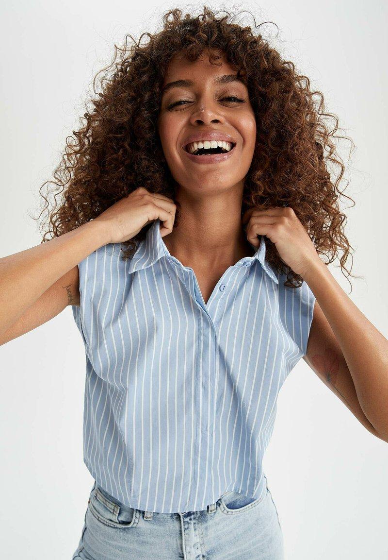 DeFacto - Button-down blouse - blue