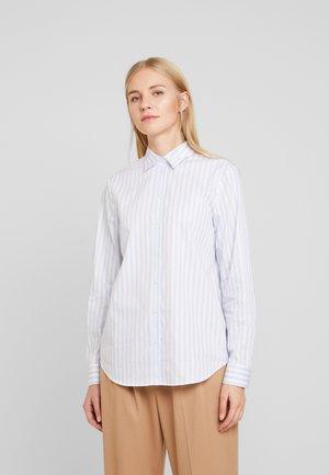FASHION  LANG - Button-down blouse - hellblau