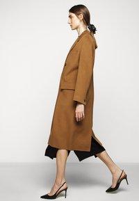 WEEKEND MaxMara - TORBOLE - Classic coat - karamell - 5