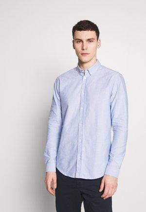 LIAM SHIRT - Camisa - light blue