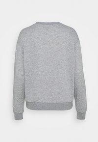 Vero Moda - VMNATALIA  OVERSIZED  - Sweatshirt - light grey melange/bright - 1