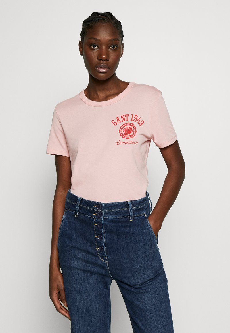 GANT - PEONY LOGO GRAPHIC - T-shirt imprimé - summer rose